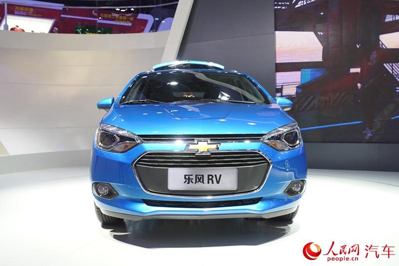人民网直击2015广州车展 上汽通用雪佛兰乐风RV