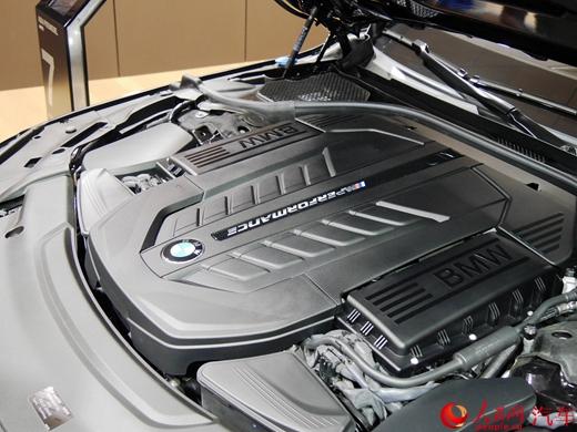 搭载v12发动机的旗舰 宝马m760li xdrive国内首发