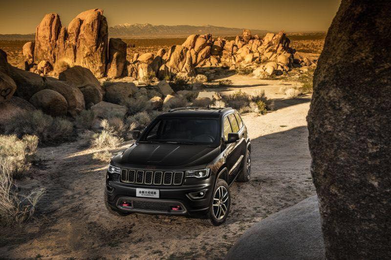 77.99万 2017款Jeep进口大切诺基上市高清图片