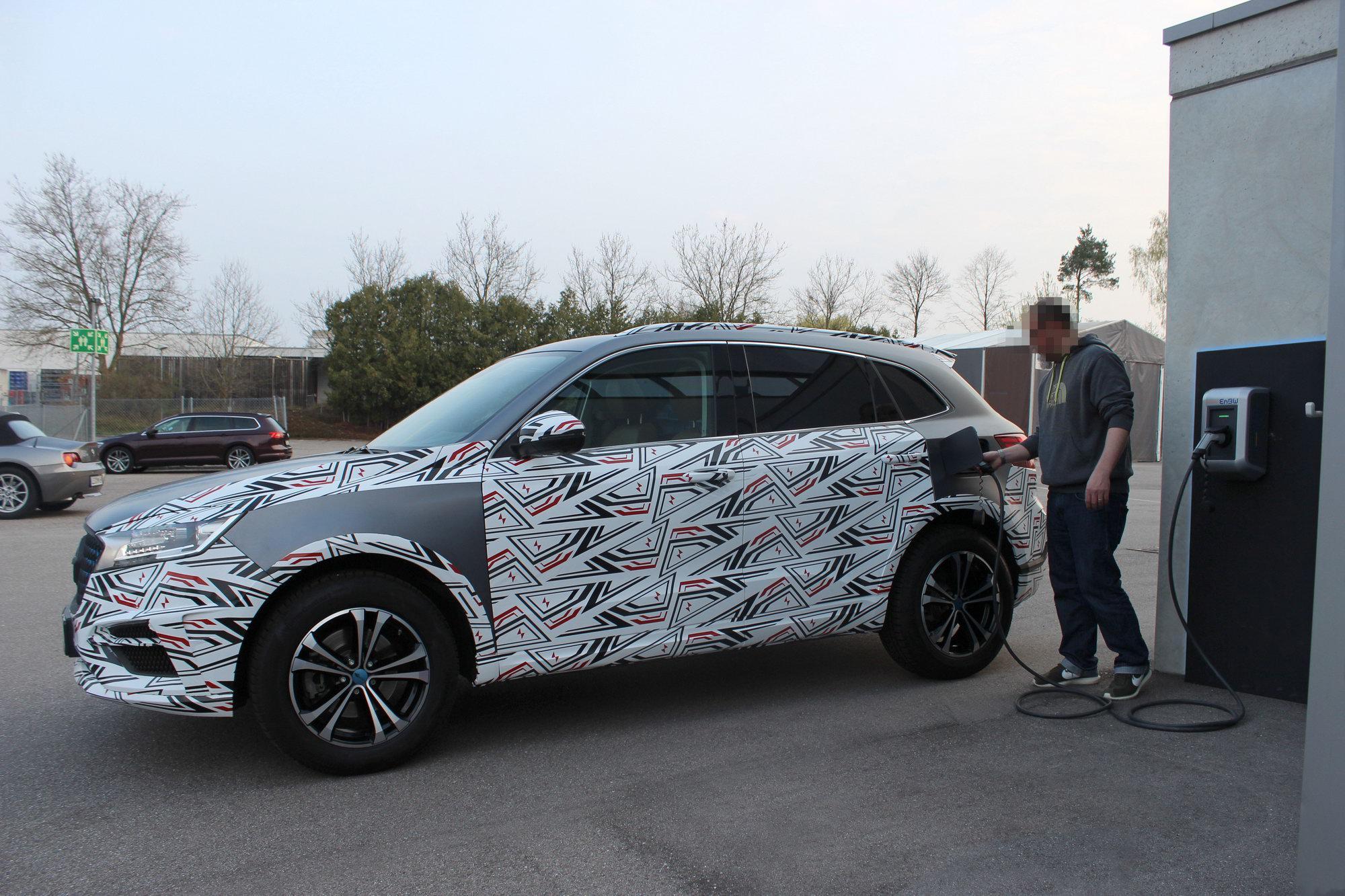 宝沃首款新能源车的路试照片曝光 将在本月上海车展亮相