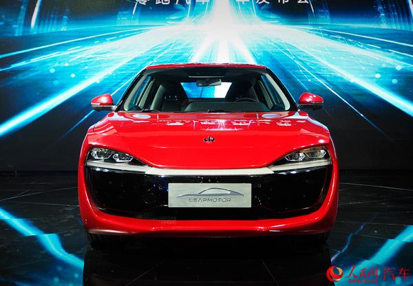 零跑首款电动轿跑车S01亮相 未来规划三个整车平台