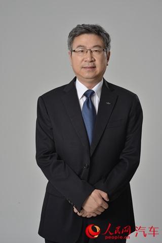 奇瑞汽车董事长尹同跃通过人民网向广大网友拜年