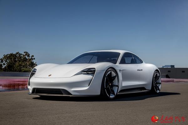 保时捷首款纯电动车定名Taycan 明年下半年引入