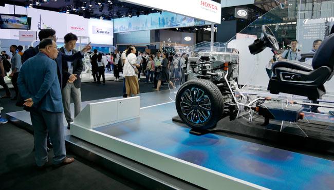 财政部:落实燃料电池车既有政策 不宜另设专项资金