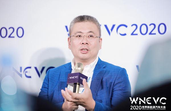 ARCFOXαT成为世界新能源汽车大会官方指定用车