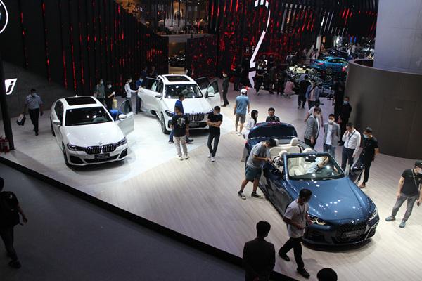 新品迭出助力消费信心汽车市场有望持续稳定增长