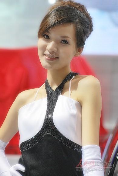 重庆车展气质美女明眸皓齿